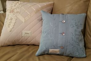 2 Fancy granny pillows_opt