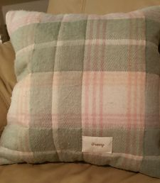 Flannel granny pillow_opt